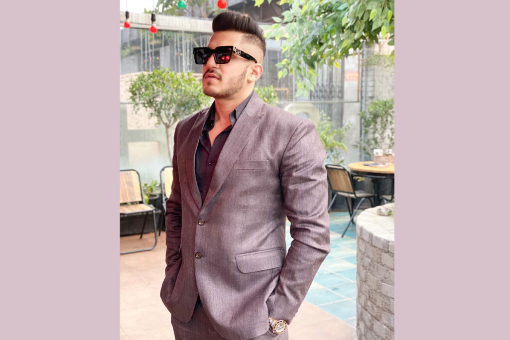 Fitness entrepreneur 'The Yash Thakur' blends style to bring the best out of fitness